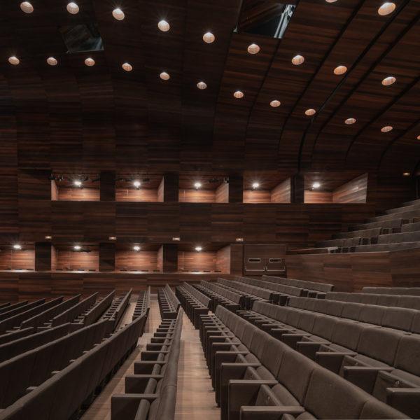 auditorio de leon fotografia de arquitectura
