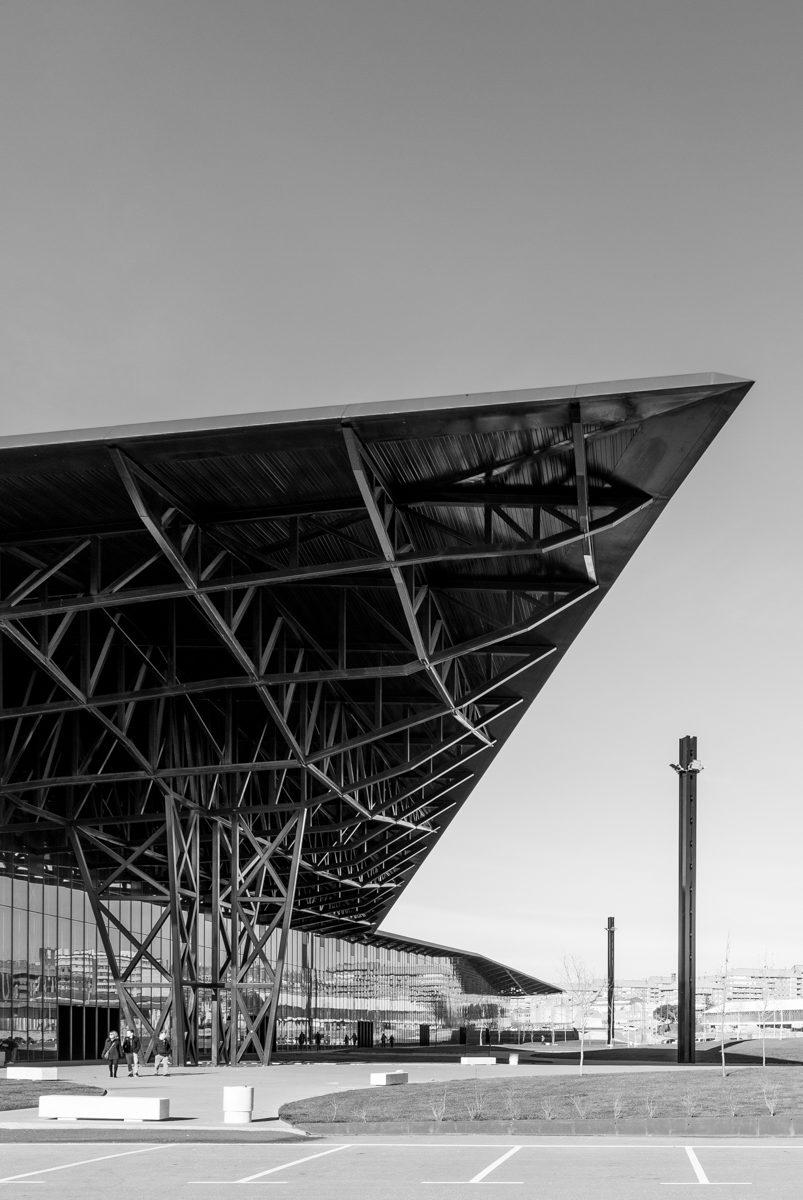 Palacio de congresos y exposiciones de León cubierta edificio