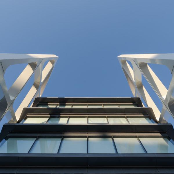 detalle fachada frontal vertical