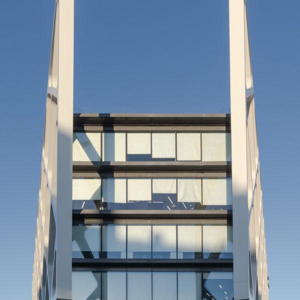 fachada frontal edificio