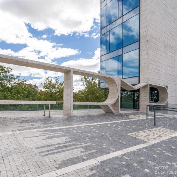 fotografia de arquitectura rampa edificio