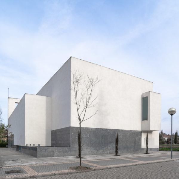iglesia juan pablo II Valladolid fachada trasera