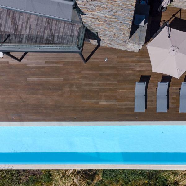 foto aérea cenital de la piscina